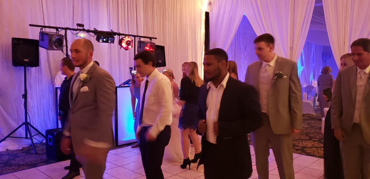 fredericksburg wedding venue dance party